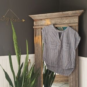 Life in Progress Chambray Top